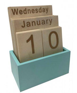 calendario-de-sobremesa-de-madera-mint